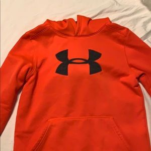Under armour hoodie boys large